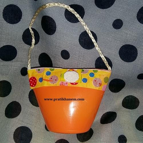 Meyveli Yoğurt Kabı ile Oyuncak Çanta Yapımı